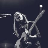 Julien Baker – Red Door / Conversation Piece